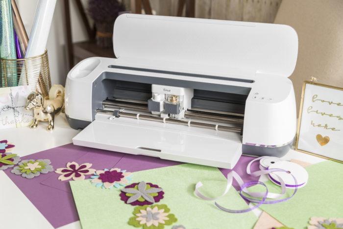 Máquina de cortar Feltro - Conheça a Cricut Maker - Cricut Maker