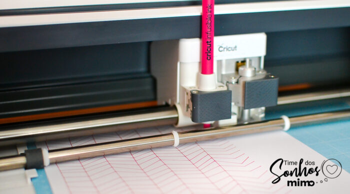 Caneta Sublimática Infusible Ink Desenhando na Cricut Maker