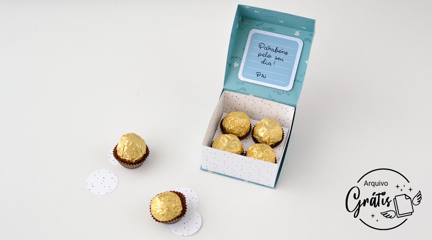 Depois de pronto, recheie a Caixa Dia da Mulher com os doces ou bombons