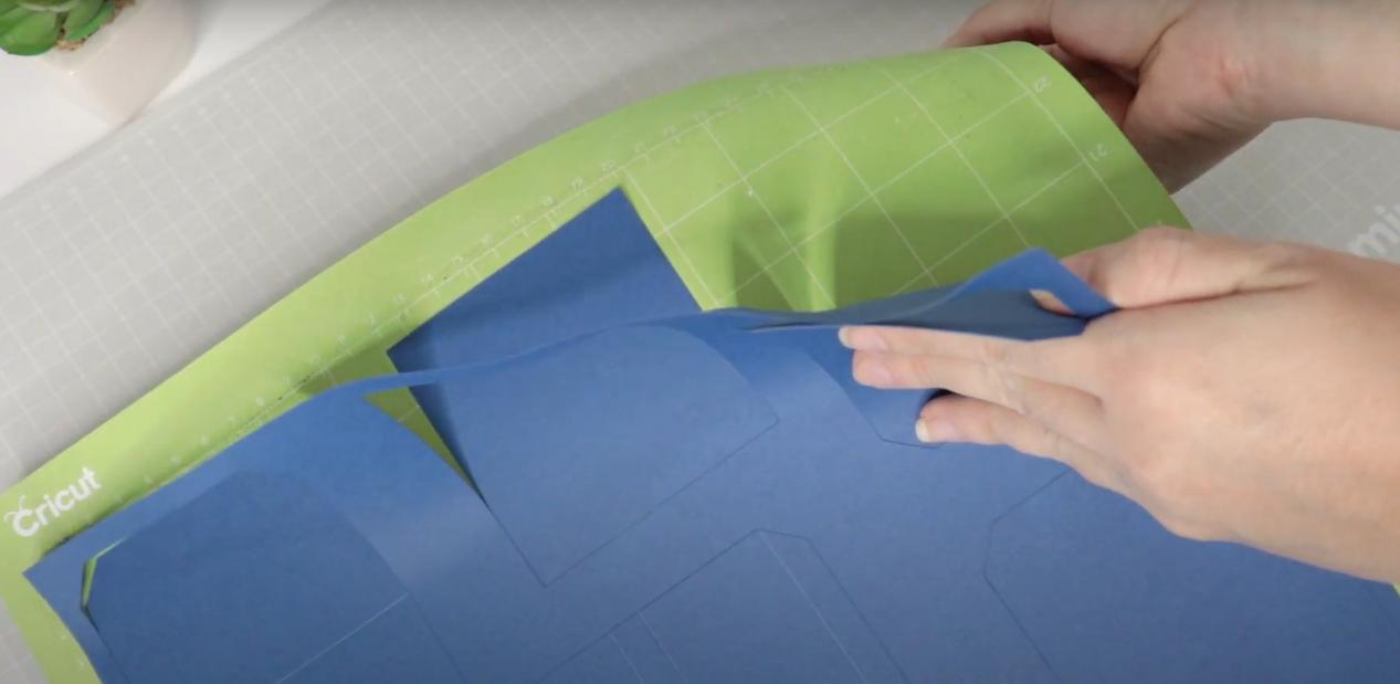 Retirando o Papel Color Pop da Base de Fixação Padrão