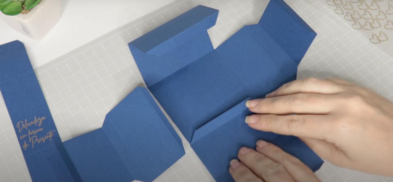 Montagem da Caixinha - Como Aplicar Foil Sem Impressão a Laser - DIY Fácil Sem Calor e Sem Conexão USB