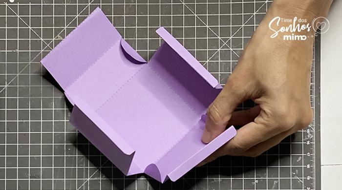 Dobre a Caixa - Como fazer Caixas Personalizadas com Tesoura
